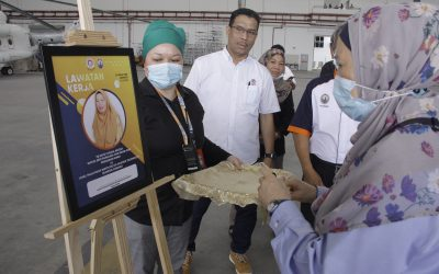 Mara chairman Dato' Hajah Azizah visits UniKL MIAT